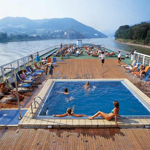 Pool-Deck der