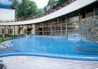 Leukerbad_HotelLindner_Thermalbad4