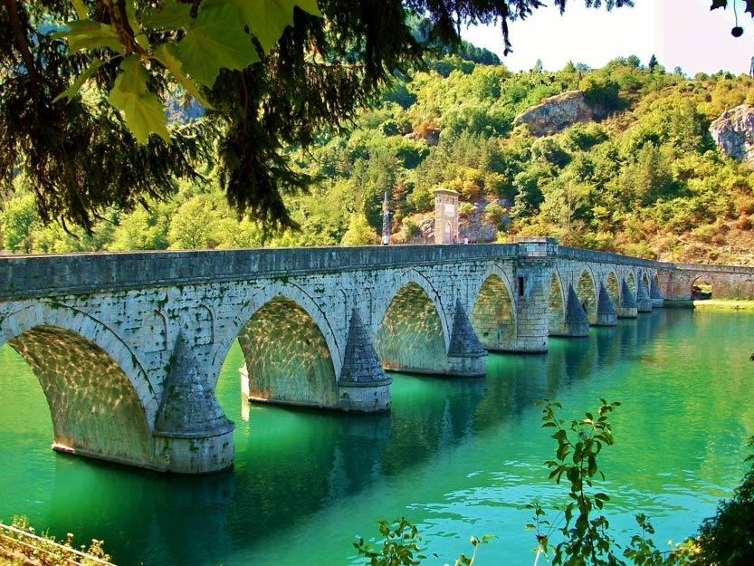 Visegrad: Die Brücke über die Drina
